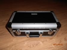 DJ Quattro 200 zwart incl: 100x 4501 DJ sleeve cd enkel  455x260x200